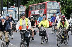 27a_14_cyclists_415x275